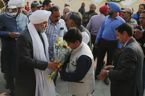 Loving welcome at Sant Nirankari Satsang Bhawan, Lansi