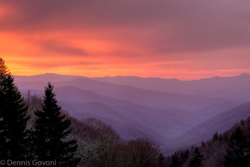 mountains valley landscapesmokymountainsspringsunrise cloudslandscapesmokymountainsspringsunrise