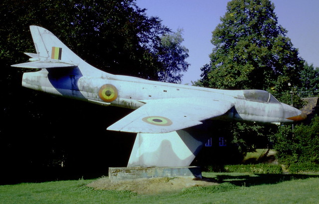 Hunter F-6 IF-65 (No serial worn) ex Royal-Belgian-Air-Force/ RBAF. Gate-Guard Bevingen, 07-09-1996.