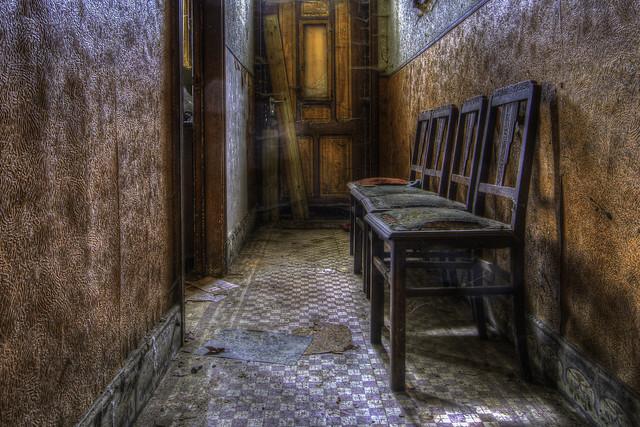 waitinghall