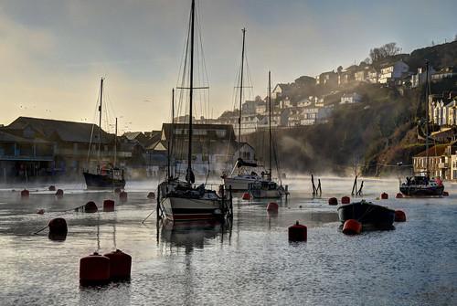 sunrise cornwall rivers yachts looe smallboats explored isawyoufirst looeriver mistyearlymorning cornishtowns