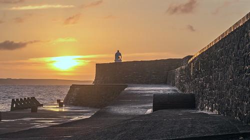 lighthouse southwales wales sunrise canon dawn lighthouses harbour explore coastal porthcawl flickrexplore explored canong5x canonpowershotg5x