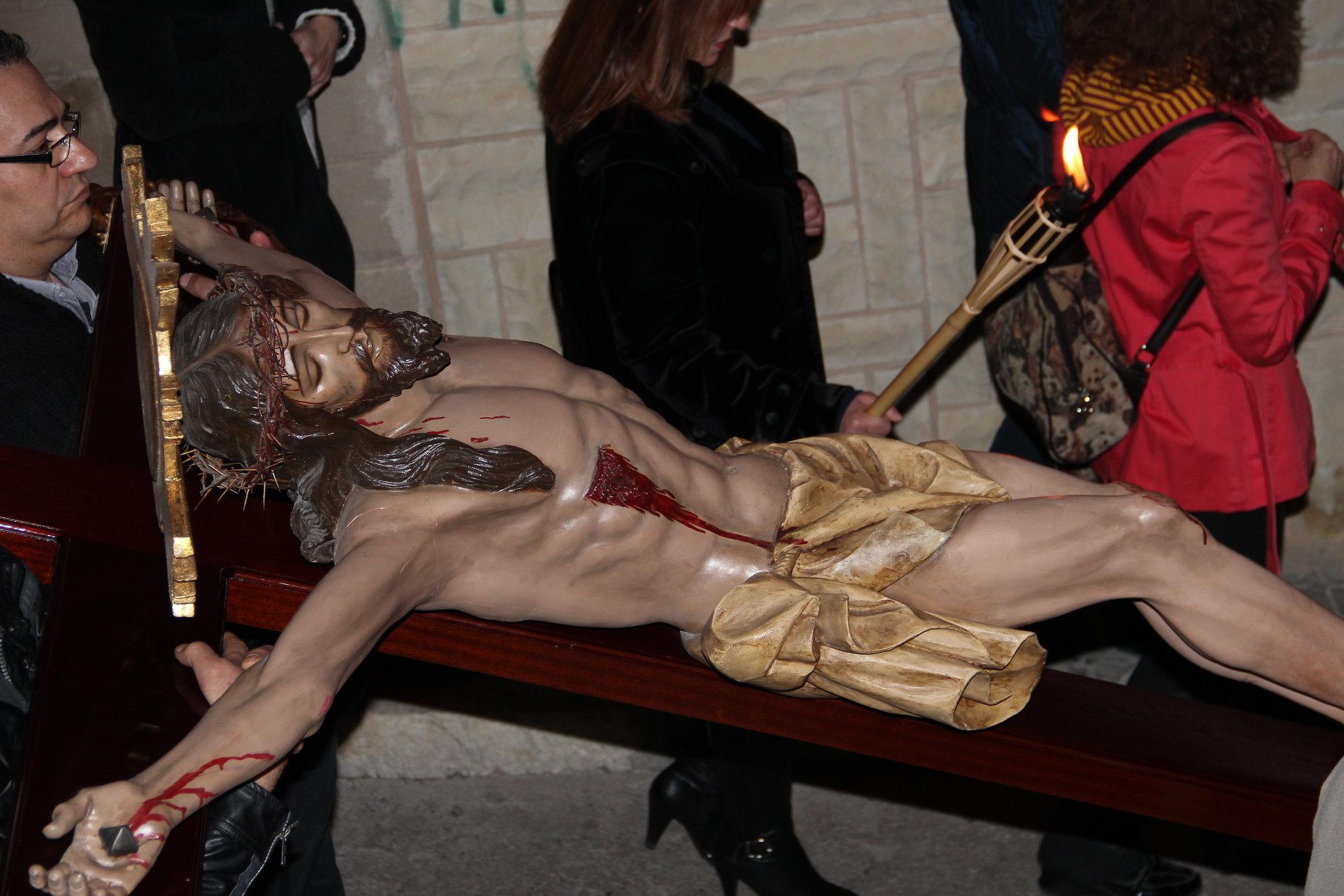 (2012-03-30) - III Vía Crucis nocturno -  Antonio Verdú Navarro  (22)