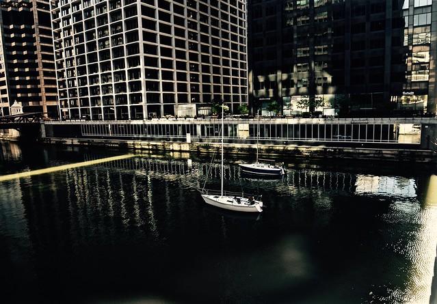 Sailing the Chicago River - Chicago IL