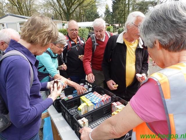 2016-04-13    2e Dag van Lunteren 25 Km  (146)