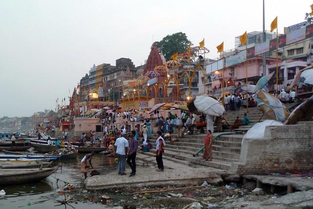 India - Uttar Pradesh - Varanasi - Riverlife - 728