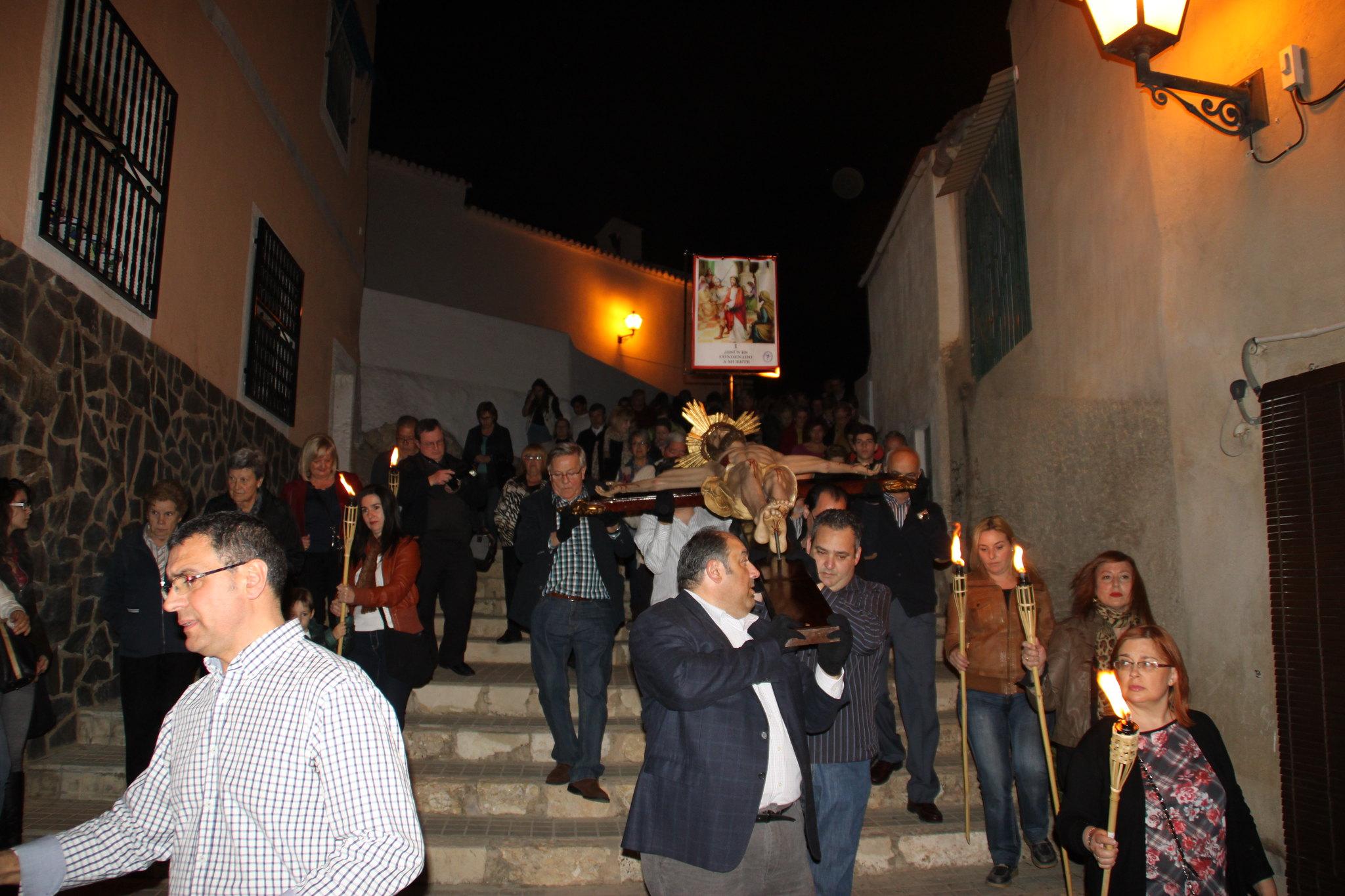 (2014-04-01) -  V Vía Crucis nocturno - Javier Romero Ripoll (14)