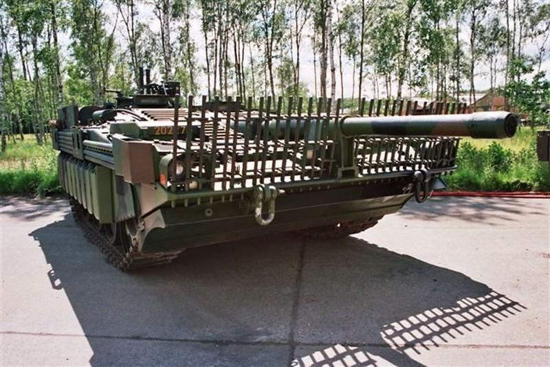 STRV-103C 6