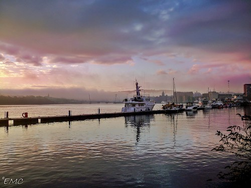 sky seascape water fog clouds sunrise coast pier waterfront outdoor shoreline quay londonderry derry ulster foyle riverfoyle coastalireland