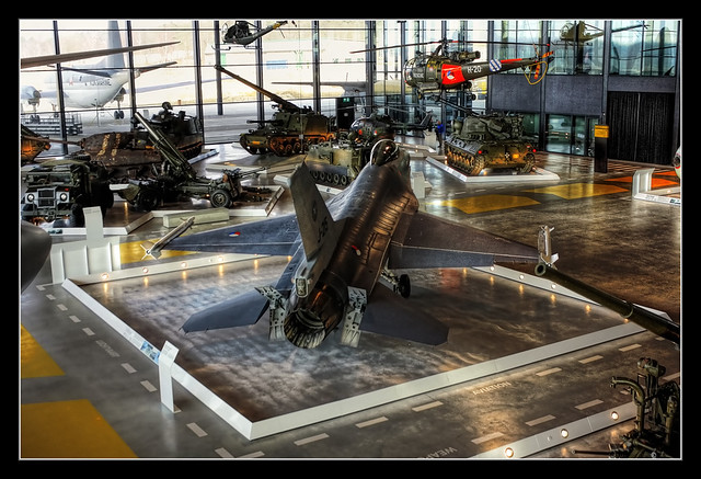 Soest NL - National Military Museum - General Dynamics F-16A Fighting Falcon 04