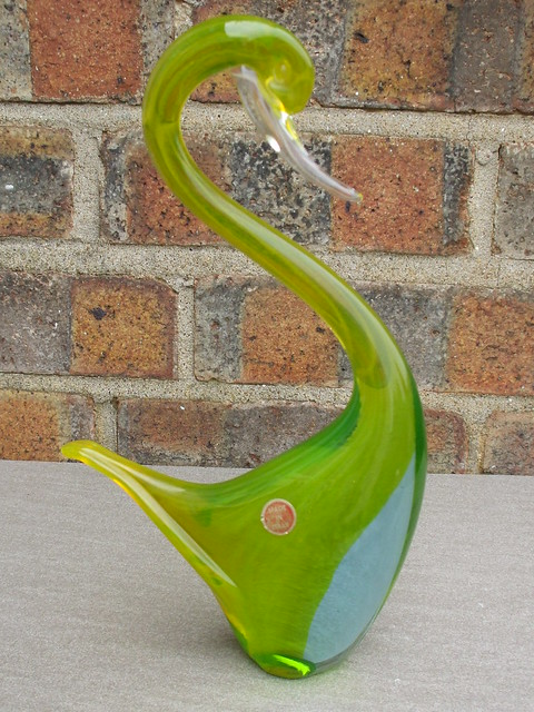 Vintage 1960's Kitsch Murano Cased Glass Swan