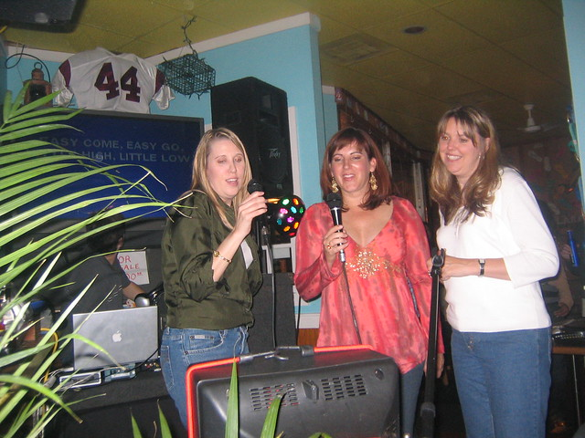 Clarendon_Day_019_Karaoke_chicky_Poos