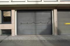 serif graffiti