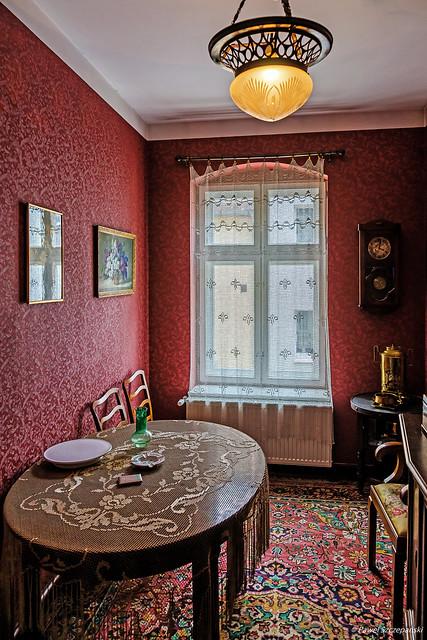 Narrow room