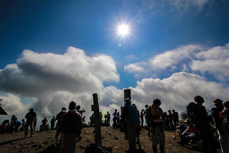 栗駒山の頂上に到着