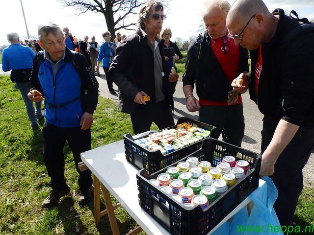 2016-04-12         2 daagse Lunteren      1e dag  25 Km  (51)