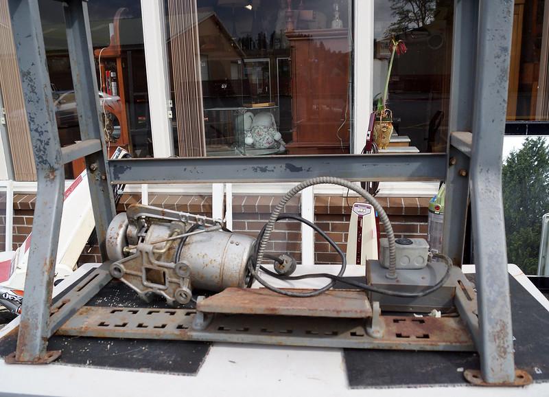 Sale at Castle Rock Mercantile Antique Mall DSC01405