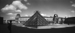 Pyramide du Louvre   by FaceAuFleuve
