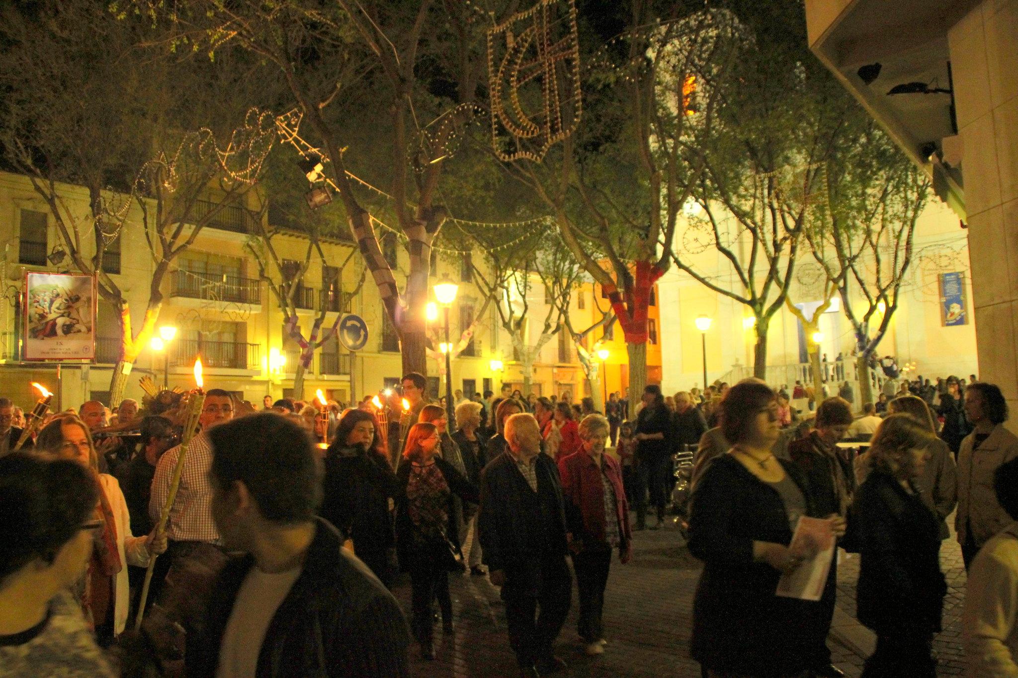 (2014-04-01) -  V Vía Crucis nocturno - Javier Romero Ripoll (87)