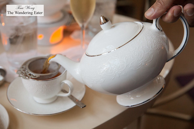 Pouring my vanilla rooibos tea