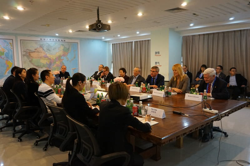 Bruno Gollnisch en Chine - Meeting with company in Beijing