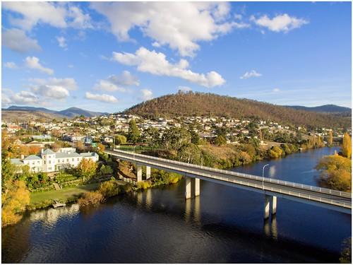 bridge autumn water river view derwentvalley australia aerial vista tasmania aerialphotography woodbridge drone derwentriver riverderwent dji newnorfolk tasmanianscenery trainsintasmania stevebromley phantom3standard