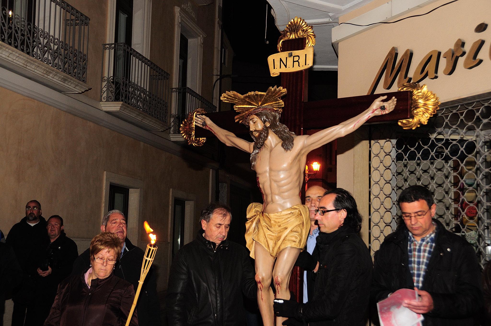 (2013-03-22) - IV Vía Crucis nocturno - Abraham de la Rosa (07)