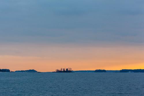 sunset sea espoo finland lens landscape prime evening spring twilight meri ilta 135mm kevät