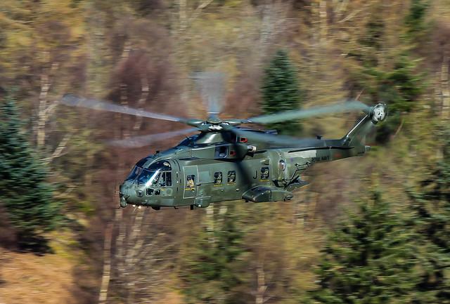 Agustawestland Merlin HC3 ZJ125 J 001-1
