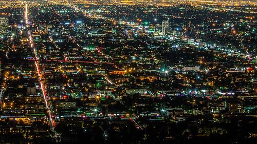 lights sprawl urbansprawl lines night view vista cityscape griffithobservatory griffithpark mounthollywood losfeliz cityofangels losangeles la losangelescounty socal southerncalifornia california ca unitedstates usa nikon d7100 nikond7100
