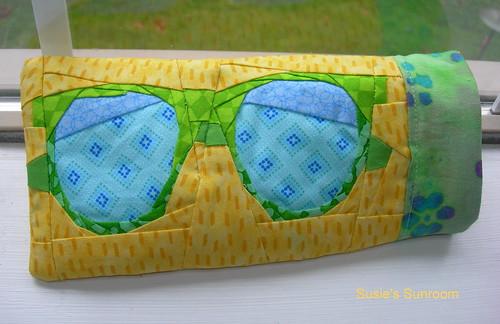 Retro Sunglasses design by Janeen at Quilt Art Designs ...