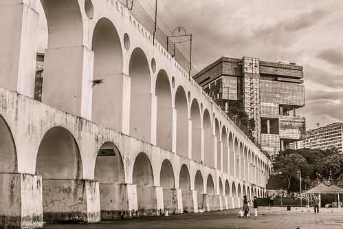 Gritty neighborhood near the Carioca Aqueduct in Lapa. Rio de Janiero   by Phil Marion (173 million views - THANKS)