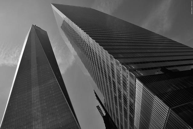 Diagonals in World Trade Center (New York)