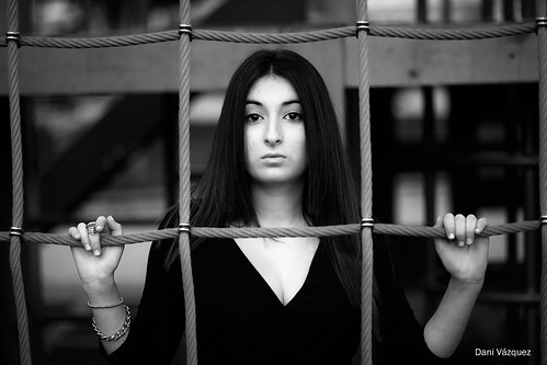 Atrapada en la red | by Dani_vr
