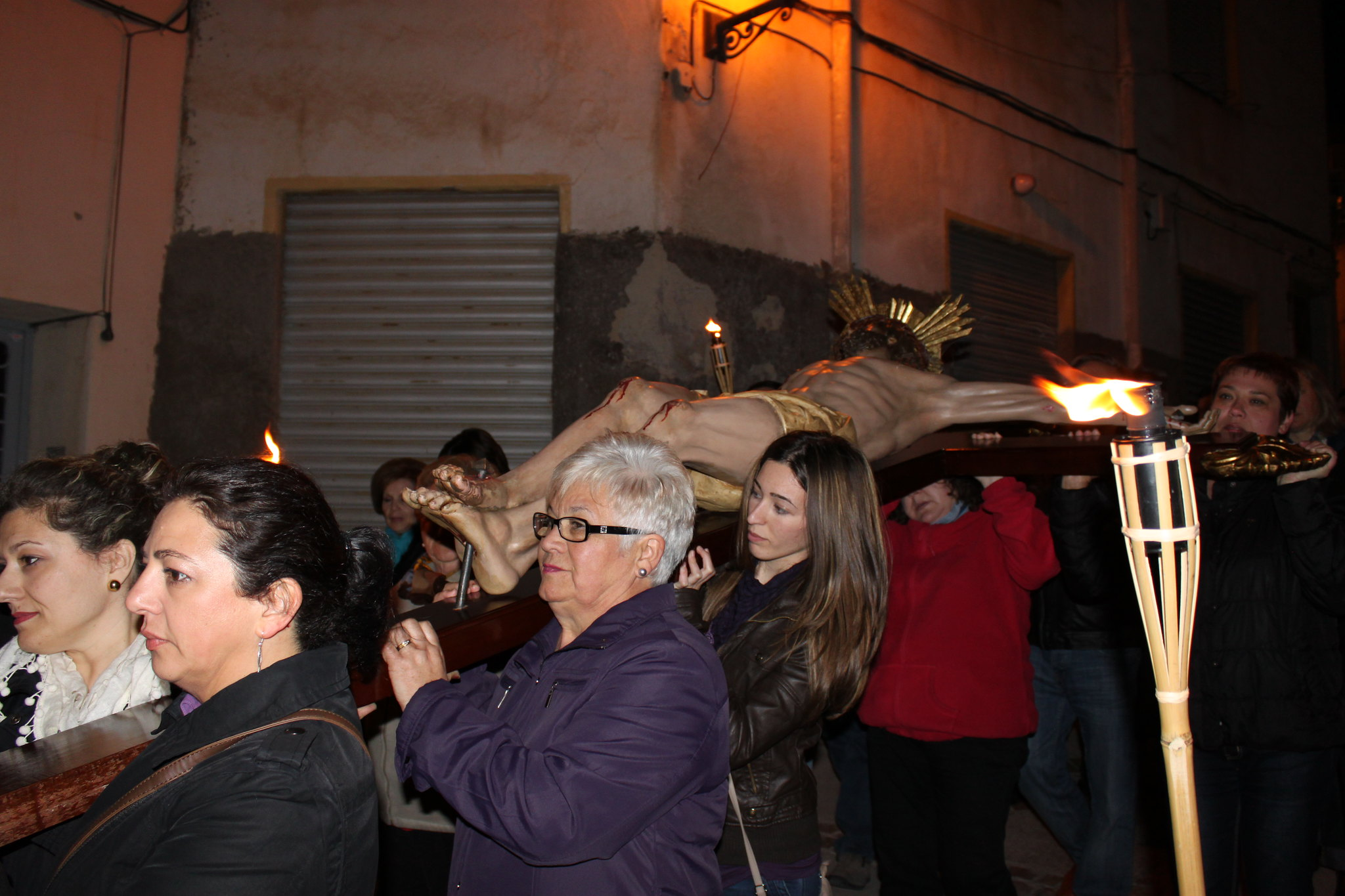(2012-03-30) - III Vía Crucis nocturno - Javier Romero Ripoll  (17)