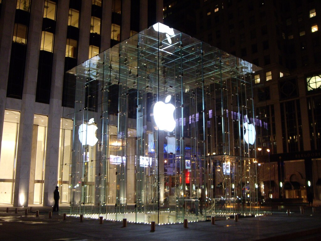apple store make appointment nyc