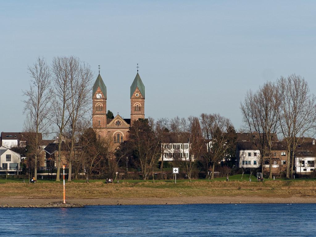 Rheinfähre Köln-Langel/Hitdorf Gmbh Leverkusen