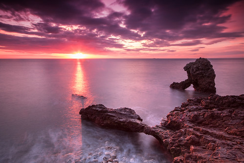 morning seascape sunrise seastack countydurham easington shotrock durhamcoast nd15 ndsoftgrad09