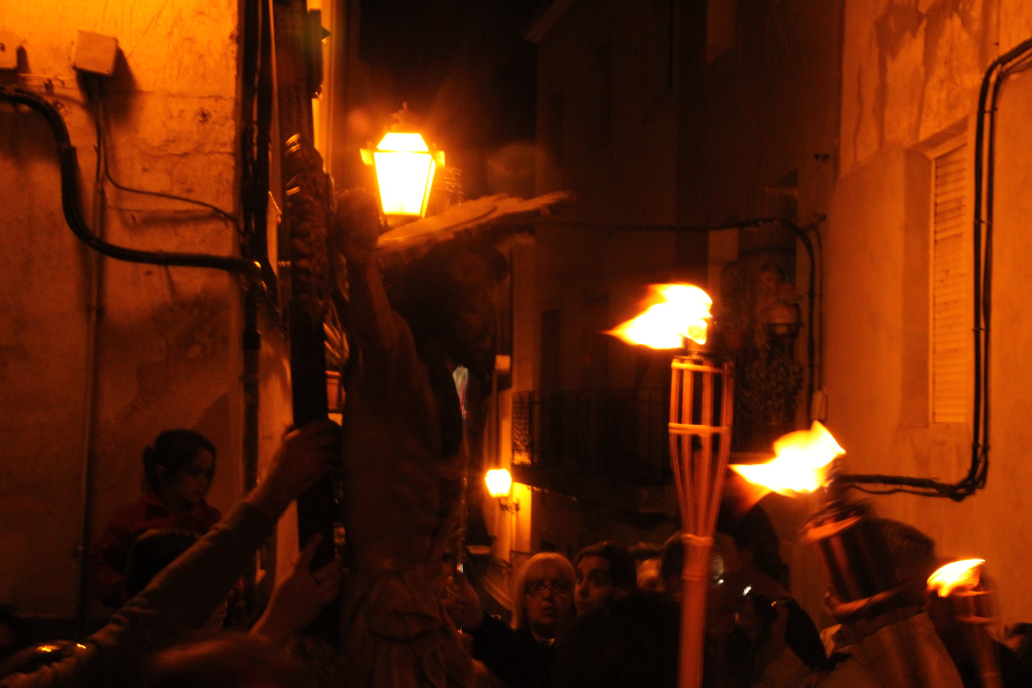 (2014-04-01) -  V Vía Crucis nocturno - Javier Romero Ripoll (95)