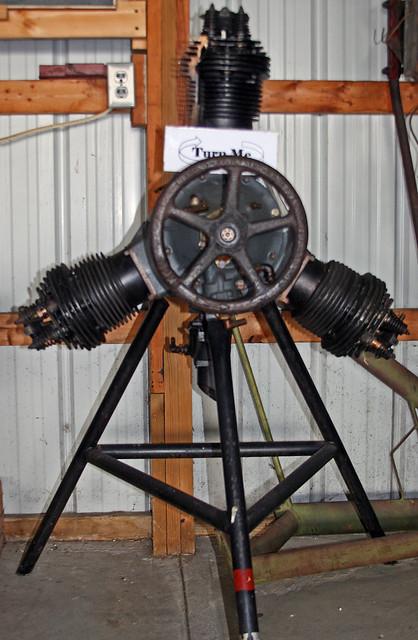 Sekely 3-Cylinder Radial Engine Hands-On Display