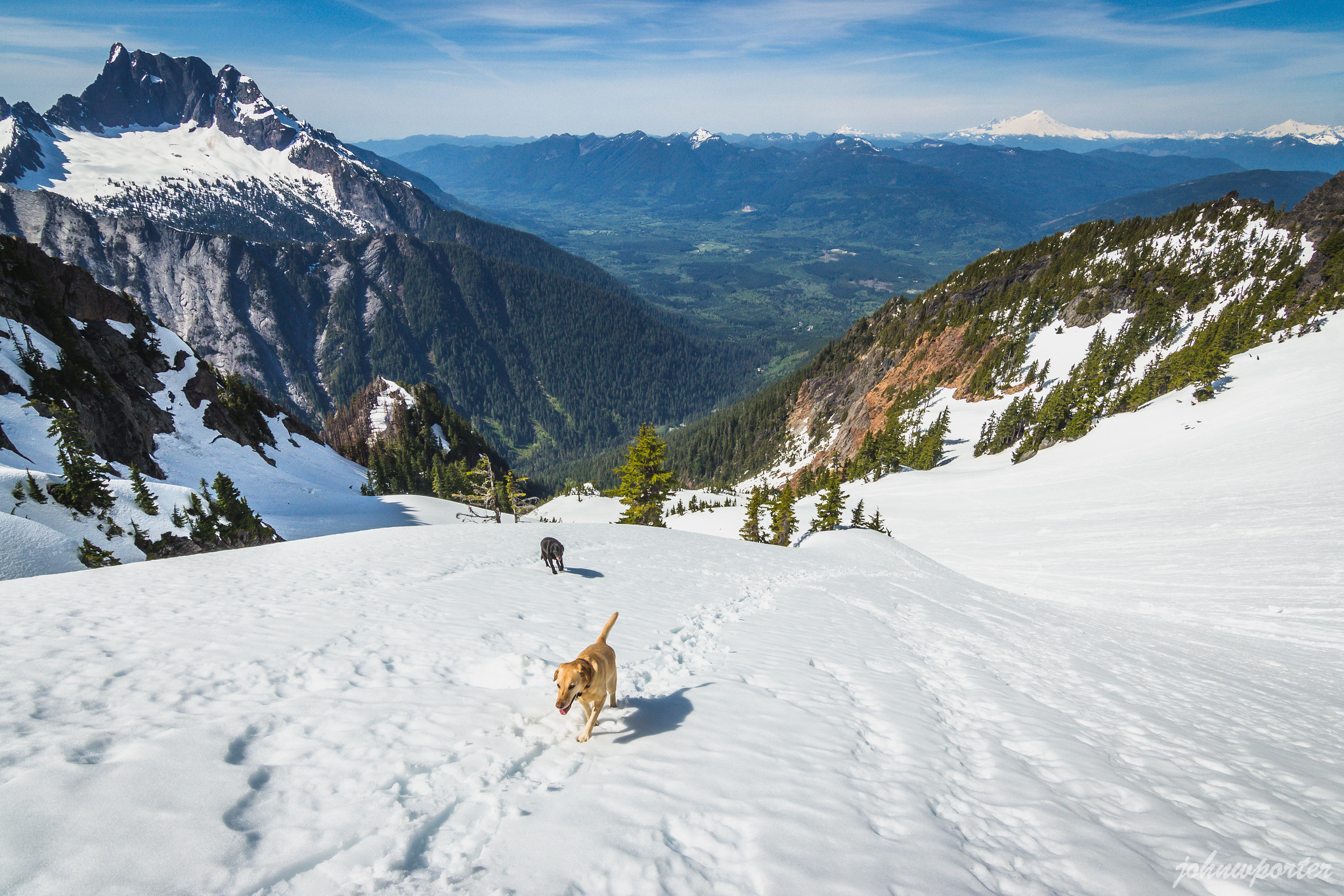 The final stretch below Jumbo Mountain
