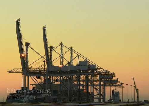 sunset docks southafrica harbour outdoor ngc capetown cranes shipping tablebayharbour dreamcatcherphotos