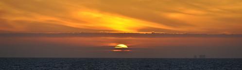 sunset sky autostitch panorama usa gulfofmexico water pier nikon wasser unitedstates florida fishingpier fortwaltonbeach ftwaltonbeach okaloosaisland fortwalton fwb okaloosacounty d5000 fisherbray