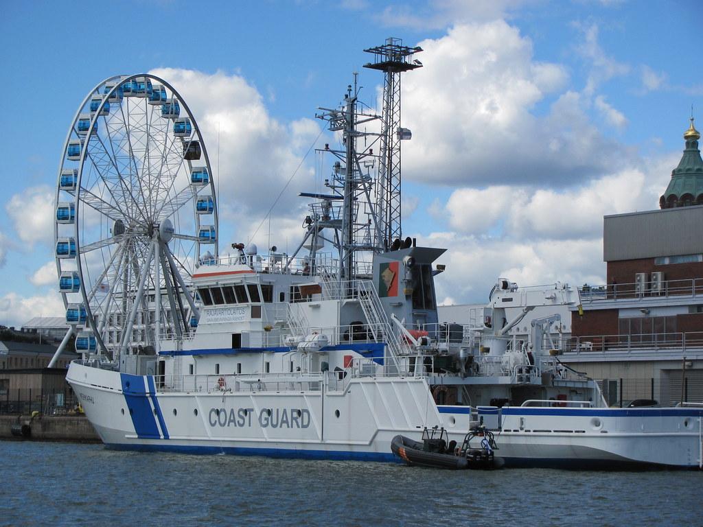 Coast Guard Ship | Finnish Coast Guard Ship in Helsinki harb