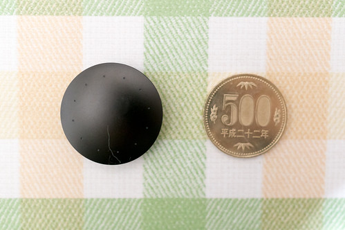 Misfit Shine2、500円玉との大きさ比較 | by hide10