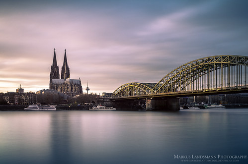 city bridge sunset water architecture river landscape cityscape sonnenuntergang pentax fineart cologne köln nd kölnerdom colognecathedral langzeitbelichtung longtimeexposure hohenzollernbrücke kölnerbucht graufilter pentaxk5 formatthitech markuslandsmann
