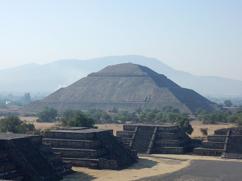 Teotihuacan - op Piramide de la Luna - 2