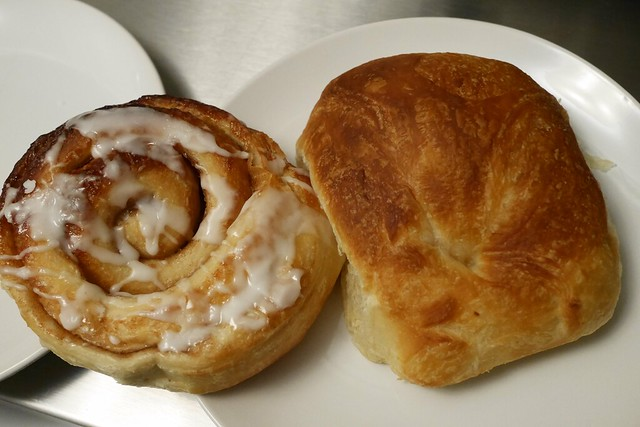 日, 2016-03-20 09:47 - Dixie Supply Bakery & Cafe