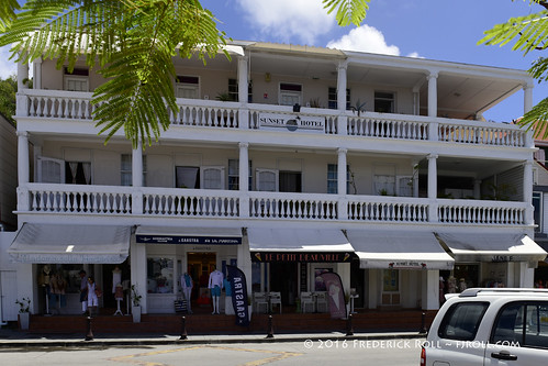 stbarthelemy stbarths caribbean gustavia shops retailers ruedelarepublique stbarts lesserantilles caribees fjroll ©freddie