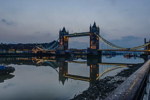 morning mist london thames towerbridge river